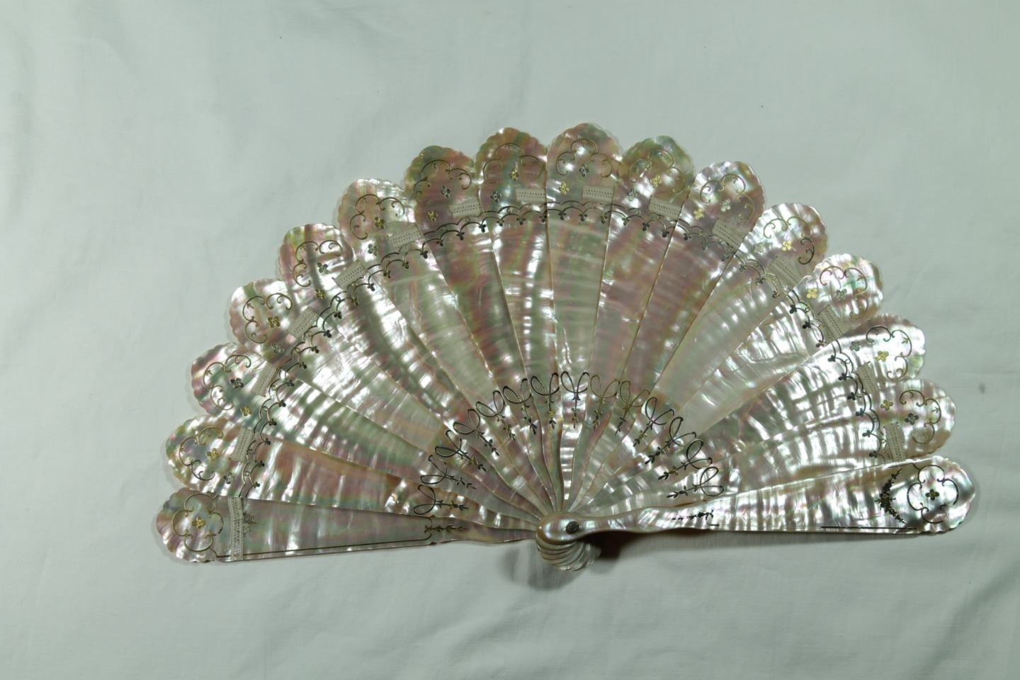 Antique Mother Of Pearl Fan Precious