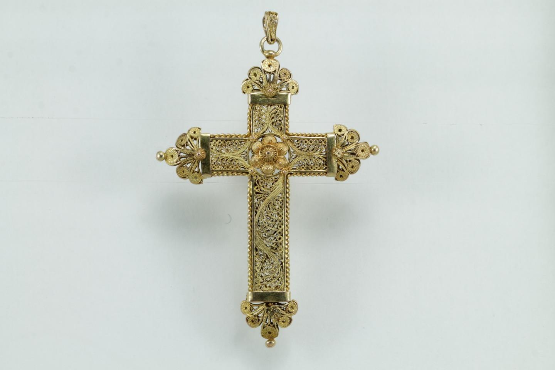 Antique gold filigree cross pendant precious antique fine antique gold filigree cross pendant aloadofball Image collections